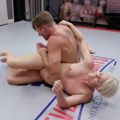 Sex battle - Evolved Fights – Helena Locke and Nathan Bronson