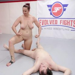 There is a very first time for sex battle - Evolved Fights – Bella Rossi and Marcelo for a sex fight